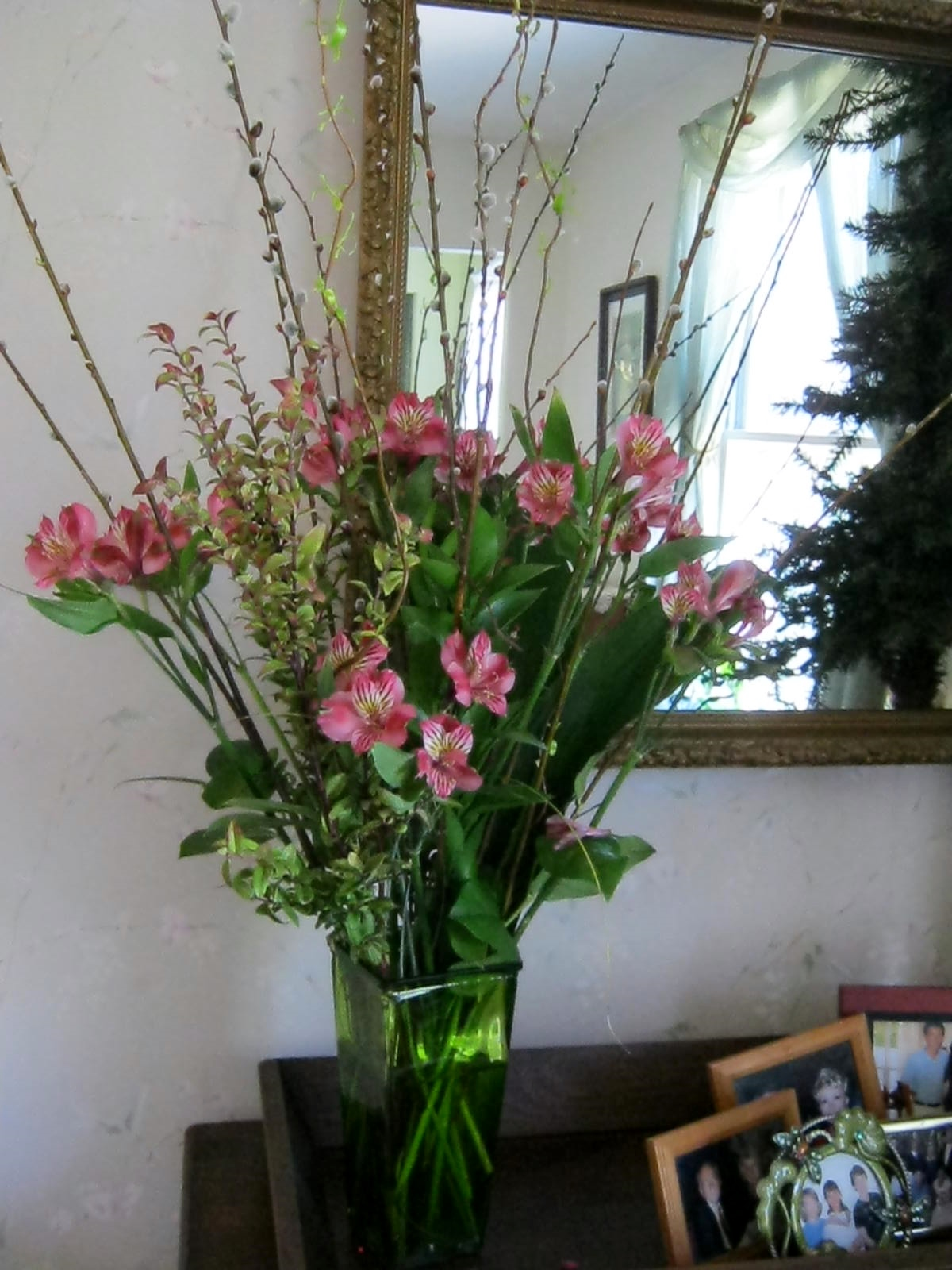 Posies alstromeria and a few willow twigs minding my p for Floral arrangements with branches