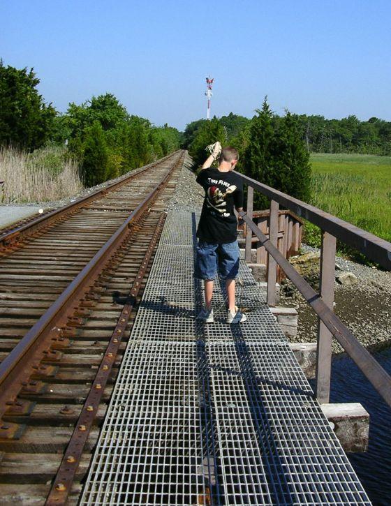 trestle bridge crabber