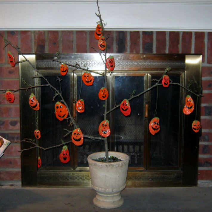 jack o lantern tree